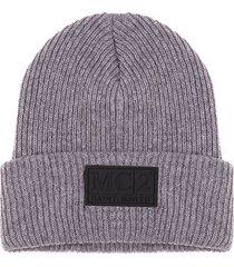 knit grey beanie