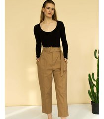 spodnie z paskiem