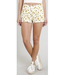 short de sarja feminino boy estampado floral com barra desfiada branco