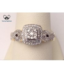 criss cross engagement ring in round cut sim diamond 14k gold plated 925 silver