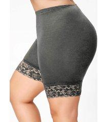 plus size lace insert short leggings