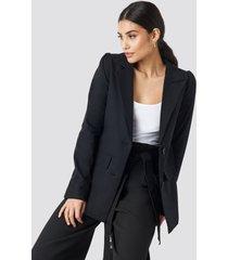 na-kd classic oversized puff shoulder blazer - black