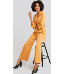 na-kd wide leg buttoned jumpsuit - yellow