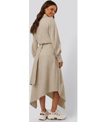 na-kd classic asymmetrisk kjol - beige