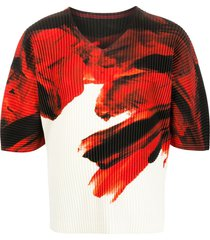 homme plissé issey miyake abstract-print ribbed t-shirt - red