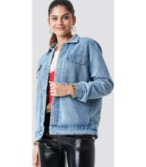 na-kd big pocket denim jacket - blue