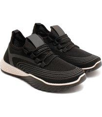 tenis negros cordones cruzados color negro, talla 39