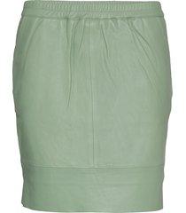 leather skirt w. elastic in waist kort kjol grön coster copenhagen
