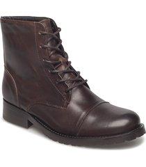 ave midcut shoes boots ankle boots ankle boot - flat brun royal republiq