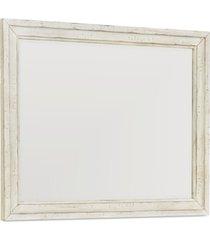 trisha yearwood homecoming bedroom mirror