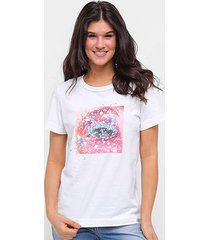 camiseta forum eye feminina - feminino