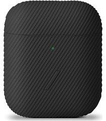 curve airpods case - black