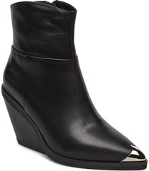 boot shoes boots ankle boots ankle boots with heel svart sofie schnoor