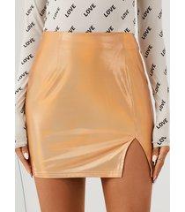 minifalda con dobladillo con abertura metálica yoins
