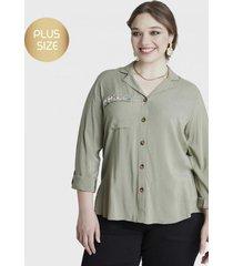 blusa escote v y collar verde curvi
