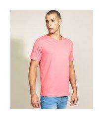 camiseta masculina básica manga curta gola v coral