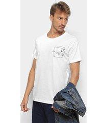 camiseta forum estampada bordada masculina