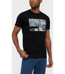 solid holger ss t-shirt t-shirts & linnen black