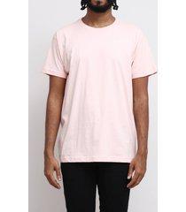 camiseta básica rosa peach