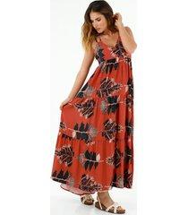 vestido de mujer, silueta amplia, cuello en v de tiras, con estampado de hojas