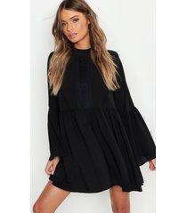 gehaakte gesmokte boho jurk met wijde mouwen, zwart