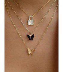 collares multicapa de aleación de mariposa dorada