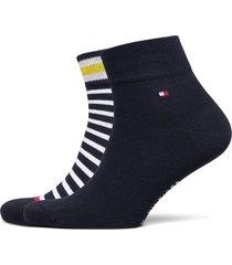 th men quarter 2p collegiate stripe underwear socks regular socks blå tommy hilfiger