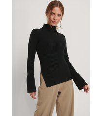 na-kd trend ribbstickad tröja med slits i sidan - black