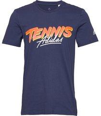 script graph tee t-shirts short-sleeved blå adidas tennis