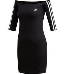 klänning off-the-shoulder dress