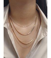 collar multicapa de cadena de lentejuelas cruzadas gruesas y finas