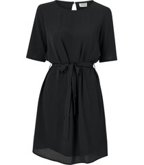 klänning jdyamanda belt dress