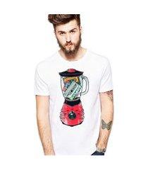 camiseta coolest liquidificador musical branco