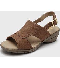 sandalia cuero marrón 16hrs