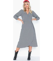 neo noir pernilla check dress loose fit dresses