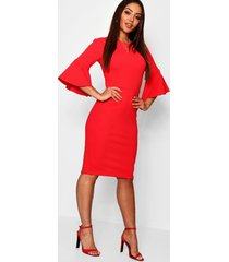 3/4 angel sleeve crew neck midi dress, red