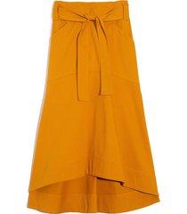 high low skirt in saffran