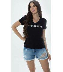 t-shirt daniela cristina gola v 04 602dc10287 preto - preto - pp - feminino