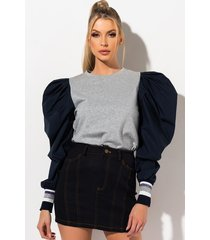 akira bout you exaggerated sleeve blouse