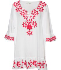 lia kaftan beach wear vit by malina
