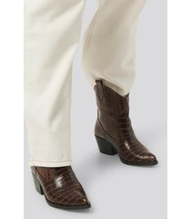 trendyol croco ankle boots - brown