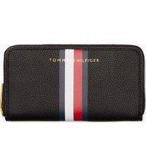 tommy hilfiger women's signature stripe zip wallet black with global stripe -