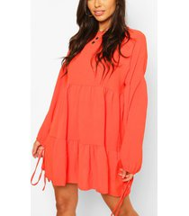 hammered satin tie sleeve tierred smock dress, coral