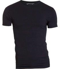 bodyfit t-shirt r-neck black