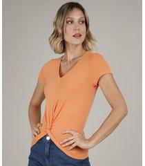 blusa feminina canelada com transpasse manga curta decote v laranja