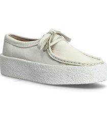 wallabee cup loafers låga skor vit clarks originals