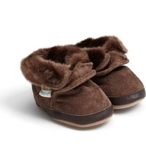 infant boy's robeez cozy ankle bootie, size 0-6 months - brown