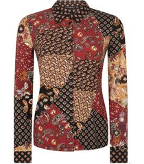 tricot blouse patch