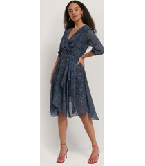 trendyol belted striped midi dress - blue