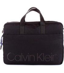 bolso mediano laptop negro calvin klein